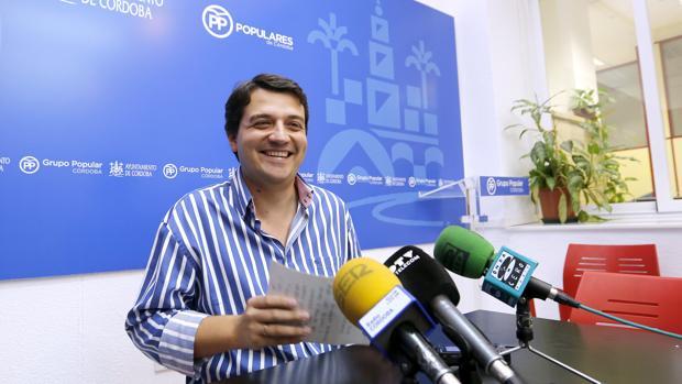 José María Bellido en el grupo municipal del PP