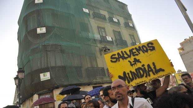 El edificio de «La Mundial» sigue generando polémica en Málaga