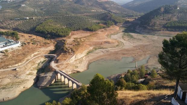 Estado actual del pantano de Iznájar, el de mayor capacidad de Andalucía