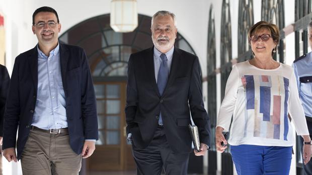 Jiménez, Griñán y Bustinduy, en el Parlamento
