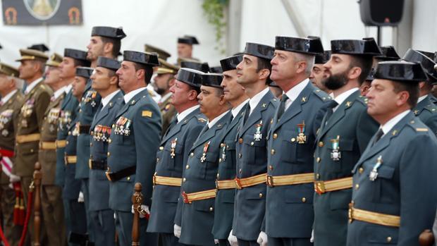 Agentes de la Guardia Civil en el acto celebrado en la Comandancia de Córdoba