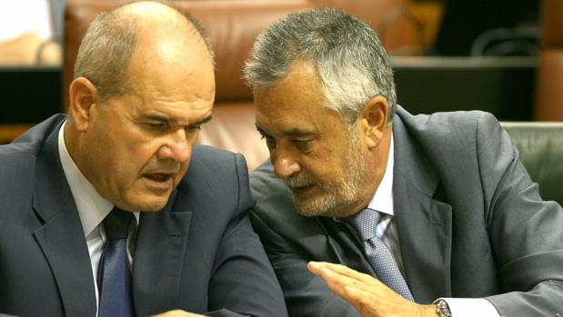 Los expresidentes andaluces Chaves y Griñán, acusados por el caso de los ERE