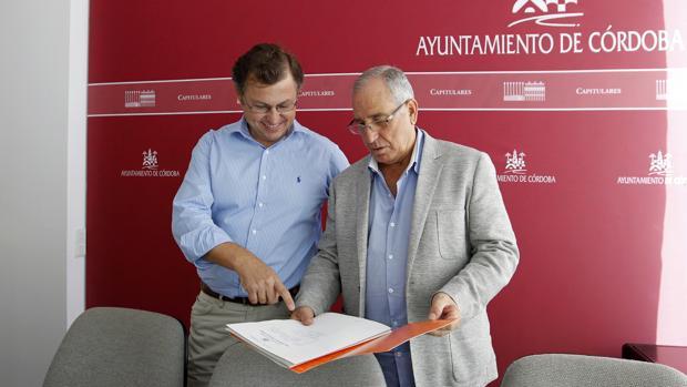 David Dorado (izquierda) y José Luis Vilches, en una rueda de prensa de Ciudadanos