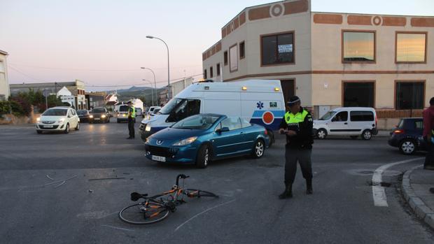 El choque se produjo en la avenida de Alemania de Baena
