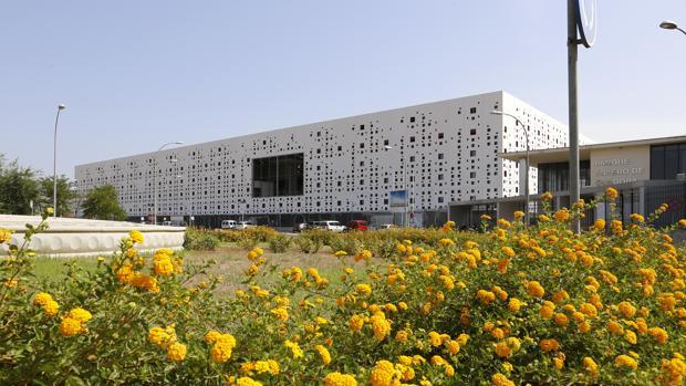 Centro de Convenciones en el Parque Joyero