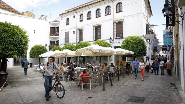 Plaza de Judá Leví, en cuyo edificio municipal se alojará el archivo de la Red de Juderías de España