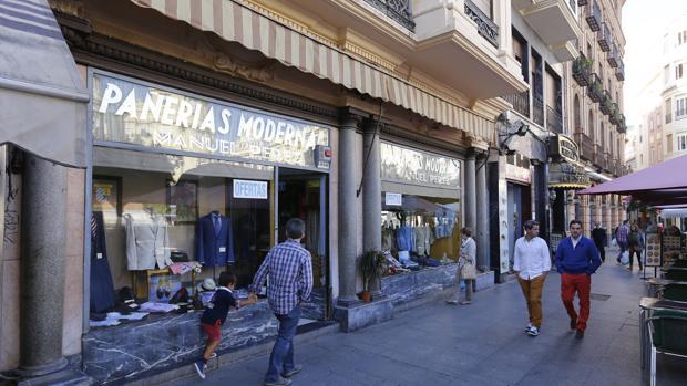 Pañerías Modernas es uno de los pocos comercios históricos del Centro que sigue abierto