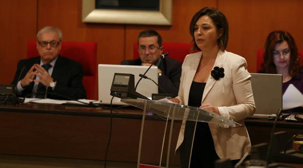 La alcaldesa durante su discurso