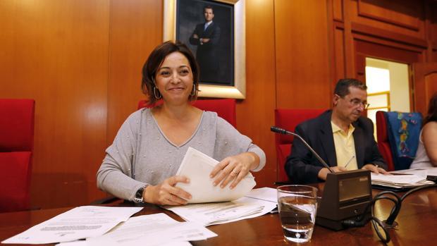 La alcaldesa, Isabel Ambrosio