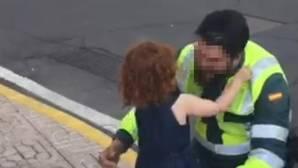 Desea a la niña de tres años de un guardia civil que «reviente por ser hija de un hijoputa terrorista»