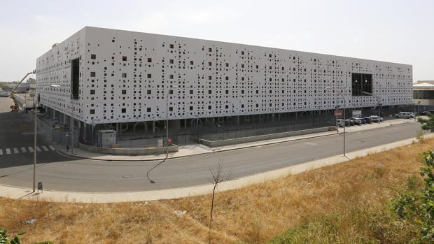 Imagen del Centro de Ferias y Convenciones en el Parque Joyero