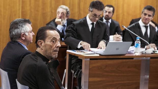 El exalcalde de Marbella, Julián Muñoz, ha sido condenado a un año de prisión por el caso Goldfinger