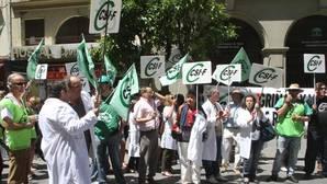 El TSJA condena a la Junta por encadenar contratos en el SAS
