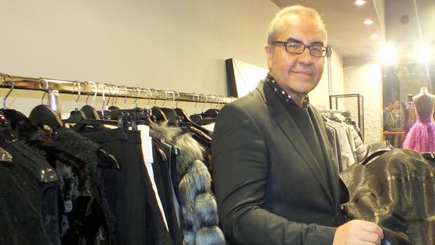 José Puertas, en su nueva tienda de Villa del Río