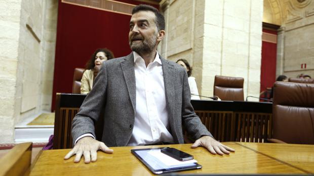 Antonio Maíllo durante el debate