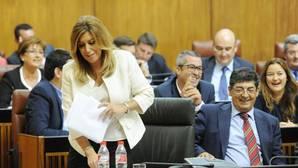El Gobierno andaluz sólo ha cumplido la mitad de los compromisos que hizo en 2014