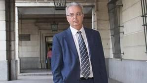 Núñez imputa al exconsejero Fernández por los 9,3 millones en ayudas en la Sierra Norte