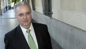 El exconsejero Antonio Fernández, carne de banquillo