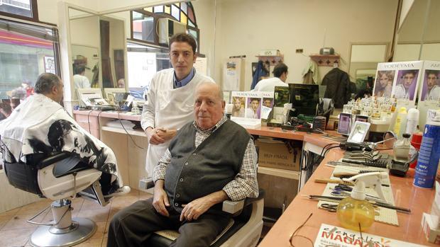 La barbería de la calle Málaga, en la capital