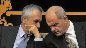 Chaves, Griñán y 24 ex cargos de la Junta, a juicio por el caso ERE