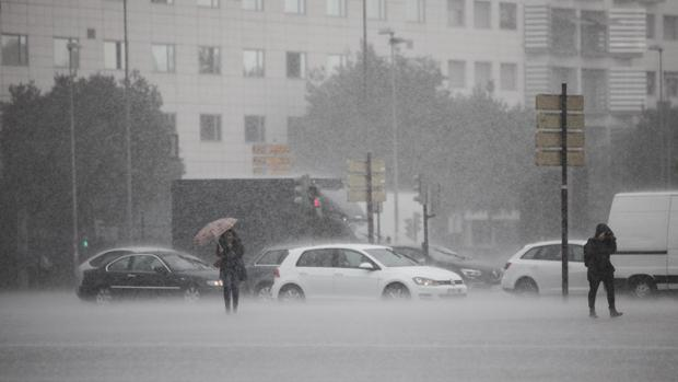 Imagen de lluvia torrencial esta mañana en Córdoba