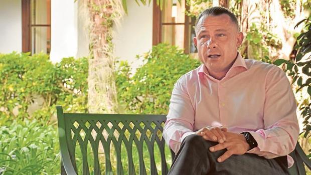Enrique Mandl durante la entrevista