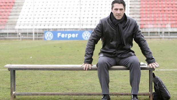 Pepe Murcia, entrenador cordobés del Legirus de Helsinki