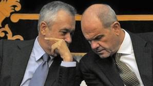 Chaves y Griñán podrán pedir dinero si son absueltos