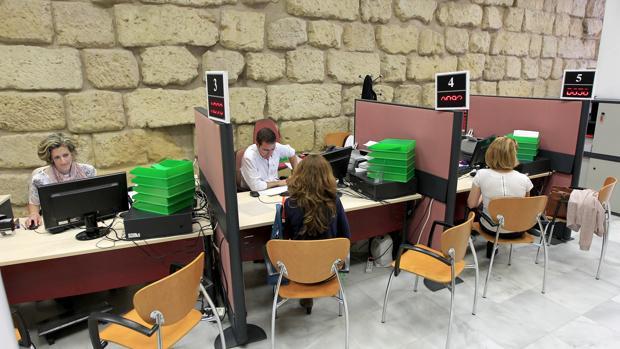 Atención al ciudadano en el Ayuntamiento de Córdoba