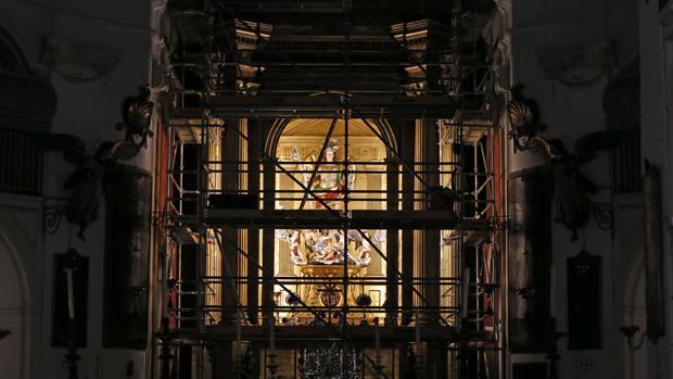 Andamio instalado en la iglesia del Juramento