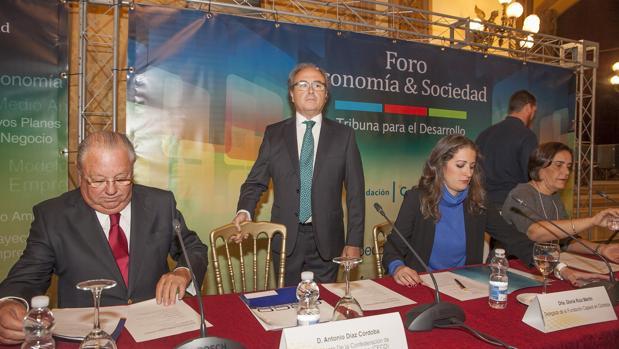 Antonio Díaz (CECO) en el Foro Economía y Sociedad de Asfaco