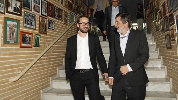 Carlos González junto a su hijo Alejandro
