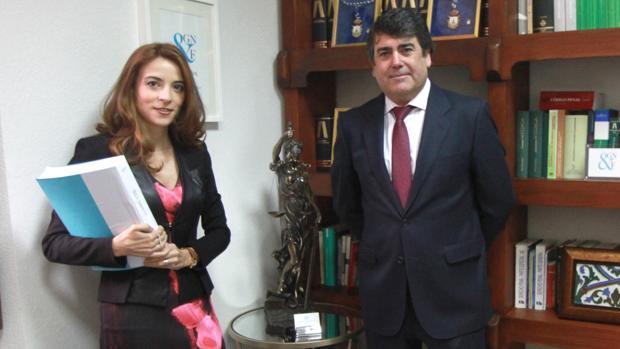 Lourdes Fuster y Luis García Navarro, abogados del Partido Popular