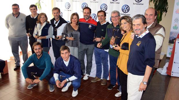 Premiados en el torneo de golf Safamotor