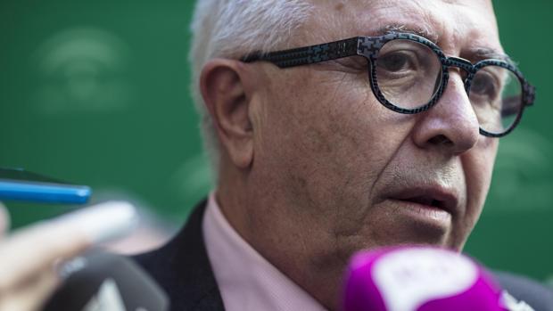 El consejero andaluz de Empleo, Empresa y Comercio, José Sánchez Maldonado
