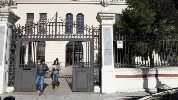 Fachada de la Gerencia Municipal de Urbanismo de Córdoba