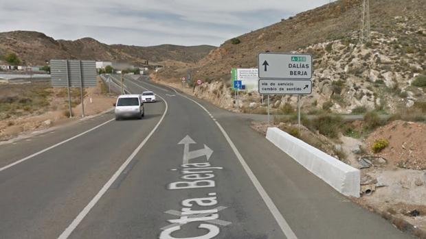 Carretera A-358, a su paso por Dalías