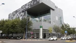 IDEA siguió aumentando su personal mientras la Junta perdía funcionarios