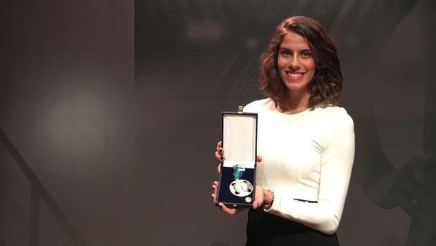Lourdes Mohedano, con la medalla del Mérito Deportivo al Deporte