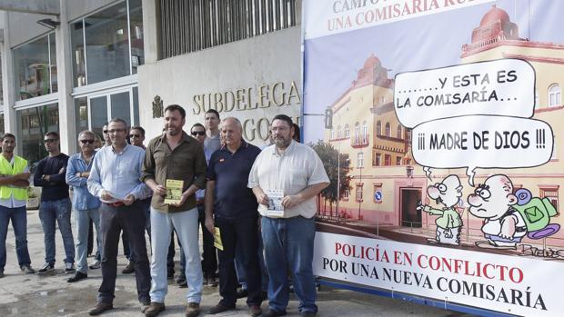 Agentes protestan por el estado de las instalaciones y piden unas nuevas
