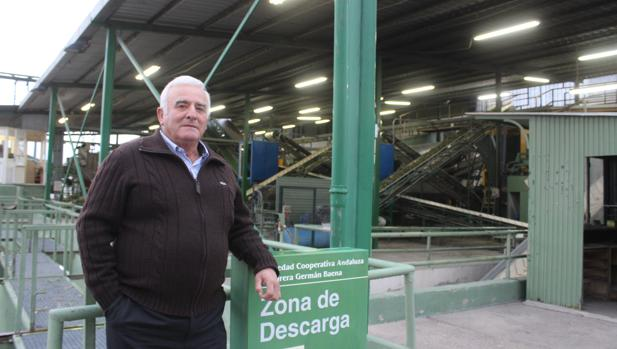 Manuel Pérez, en las instalaciones de la cooperativa