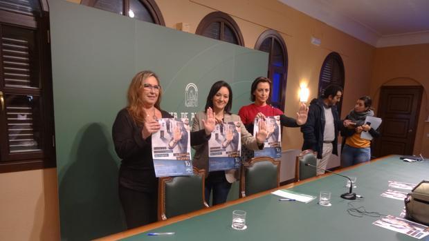 Autoridades de la Junta, en la presentación de la campaña
