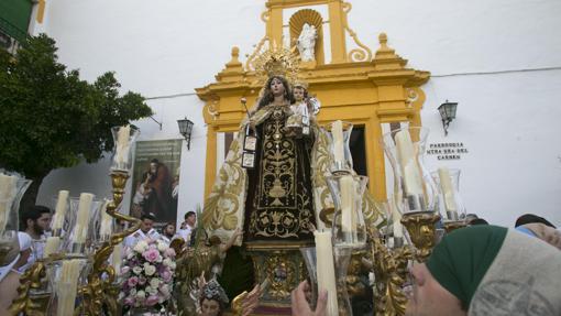Virgen del Carmen de Puerta Nueva, durante su procesión
