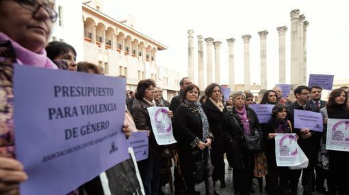 Ruth Ortiz junto al resto de mujeres contra la Violencia de Género
