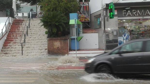Las fuertes lluvias colapsaron varios puntos de Marbella