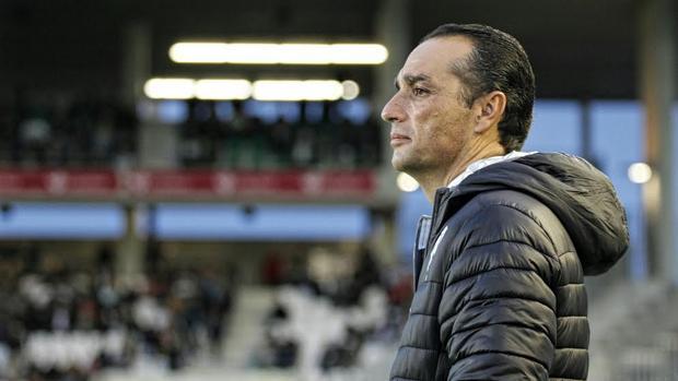José Luis Oltra en el partido contra el Getafe