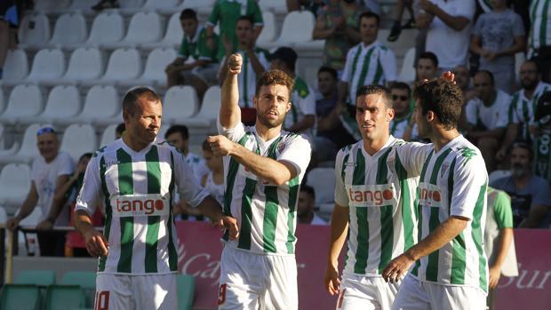 Rodri celebra el primer gol ante el Nástic, correspondiente al último triunfo