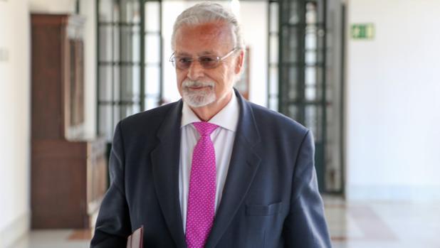 Jesús Maeztu, en el Parlamento andaluz