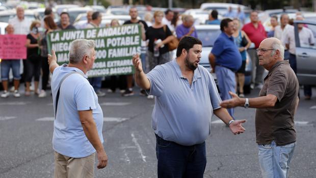 Rafael Salazar, líder del grupo de parcelistas, ayer en