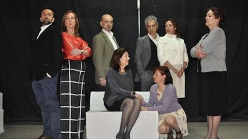 Un momento de la representación de la obra teatral «Madrugada»